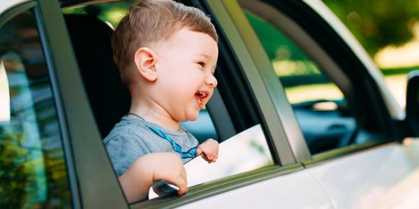 Podróż z dzieckiem - co zabrać do samochodu?